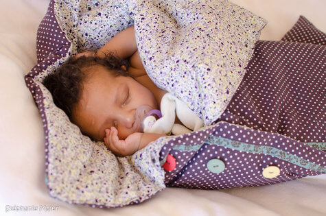 How to Make a Sleeping Bag for a Baby